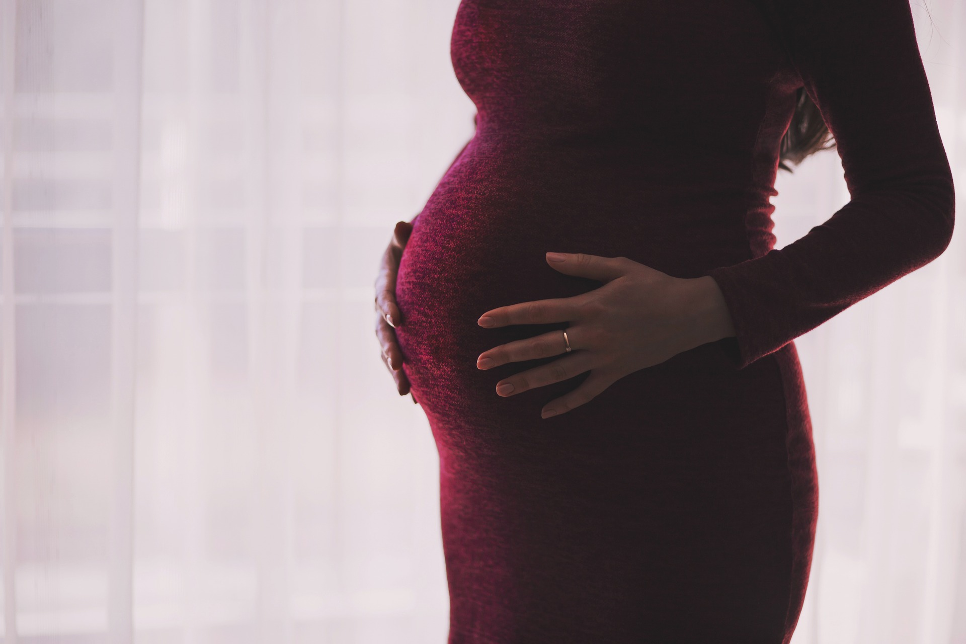 pregnant woman visits sutherland shire dentist